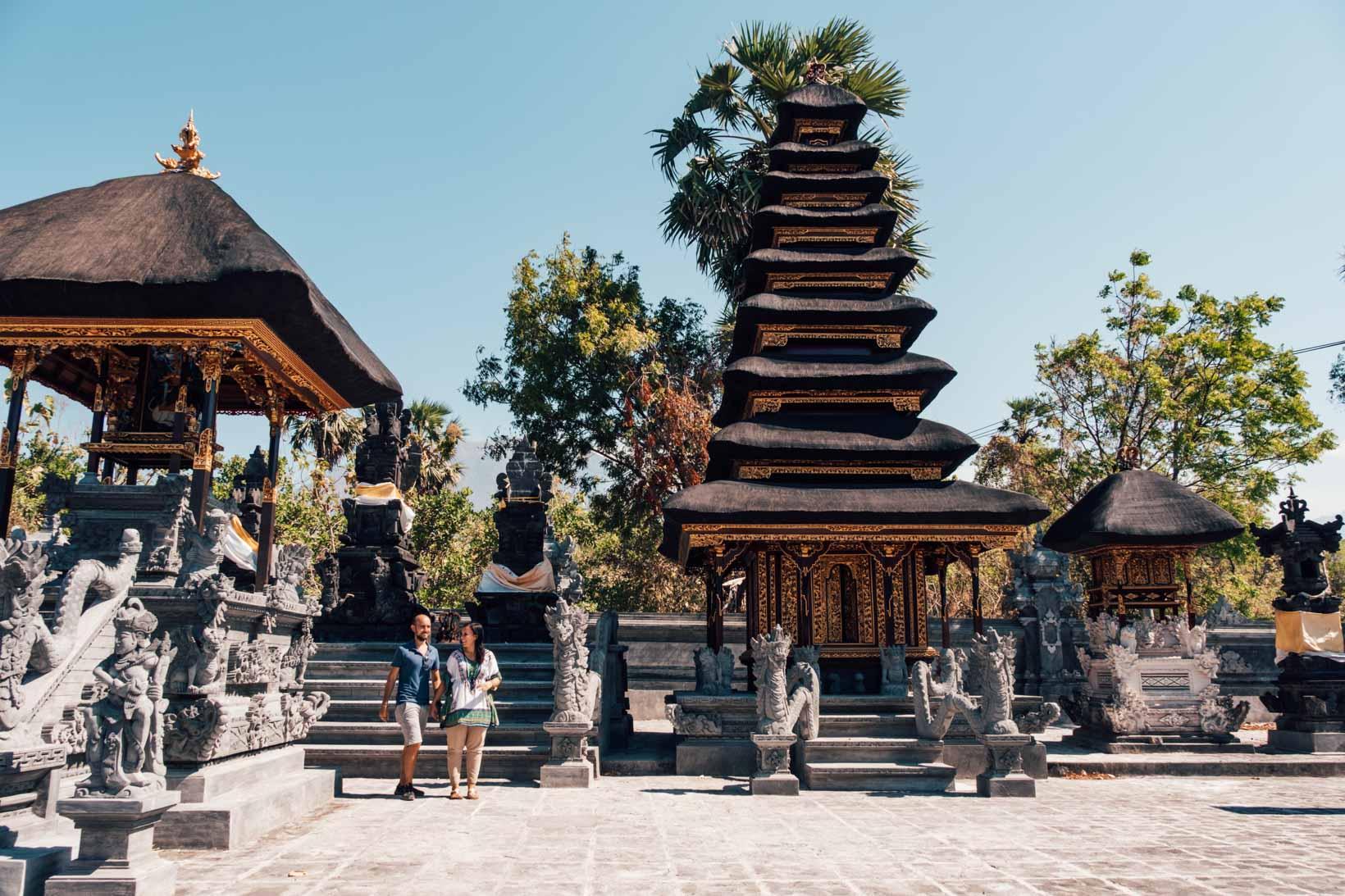 Tempio nei dintorni di Amed Bali