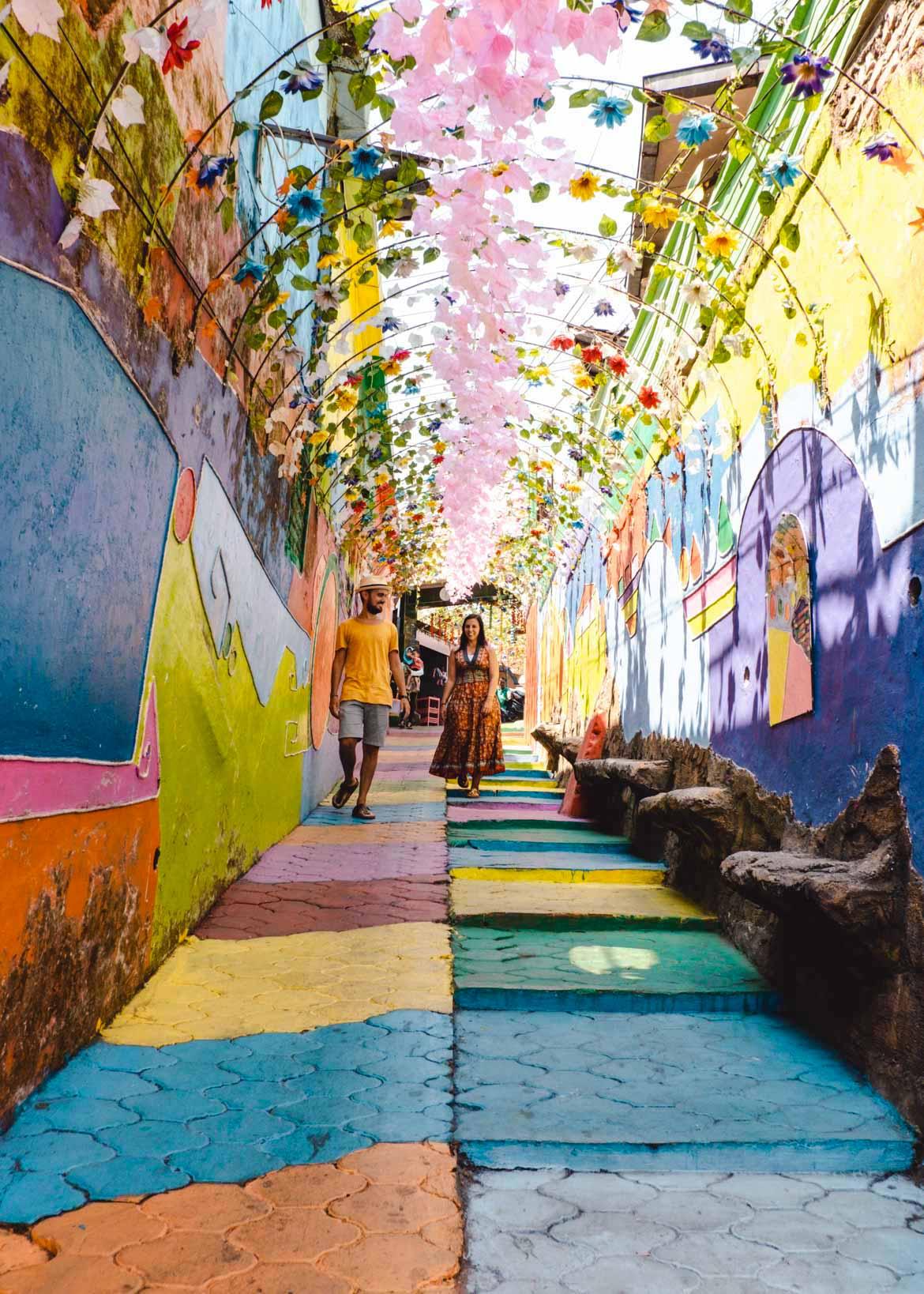 vicoli rainbow village jodipan
