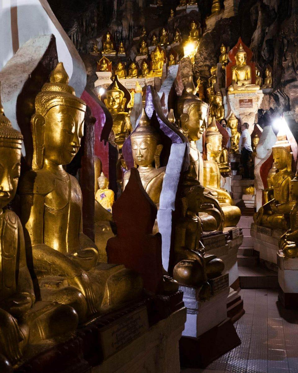 Grotte di Buddha Pindaya Birmania