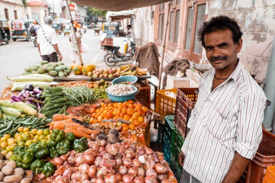 venditore verdura fiducia Varanasi